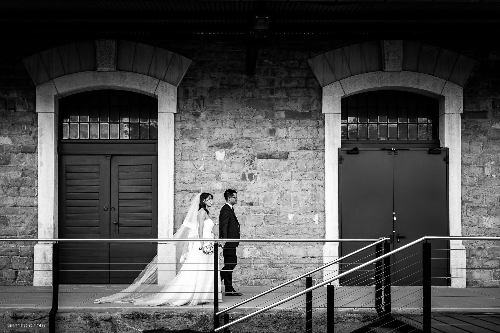 Marina Stefano Matrimonio Castello San Giusto Molo IV Trieste ritratti sposi Porto Vecchio Trieste