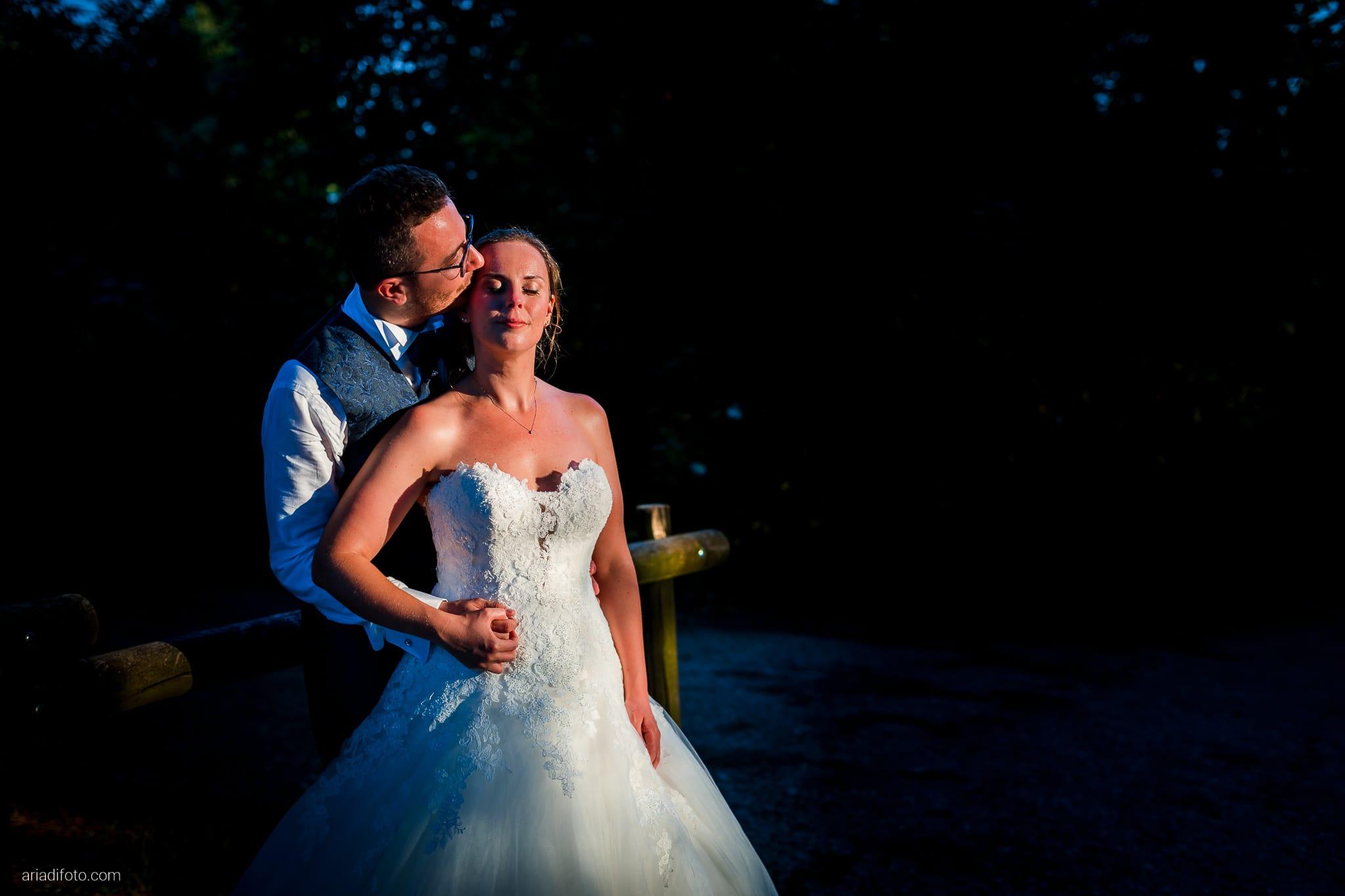 Anna Matteo Matrimonio Parco di Buttrio Udine ritratti sposi ora dorata