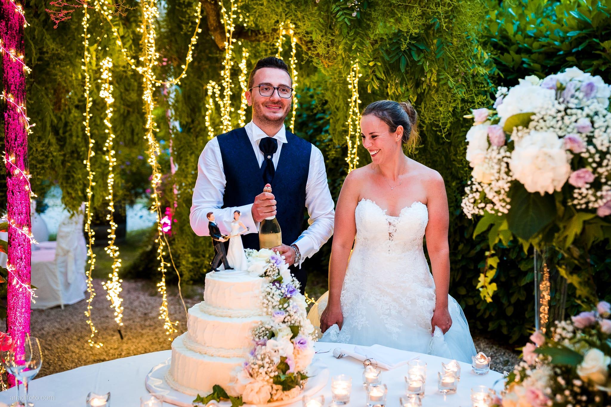 Anna Matteo Matrimonio Parco di Buttrio Udine ricevimento taglio della torta