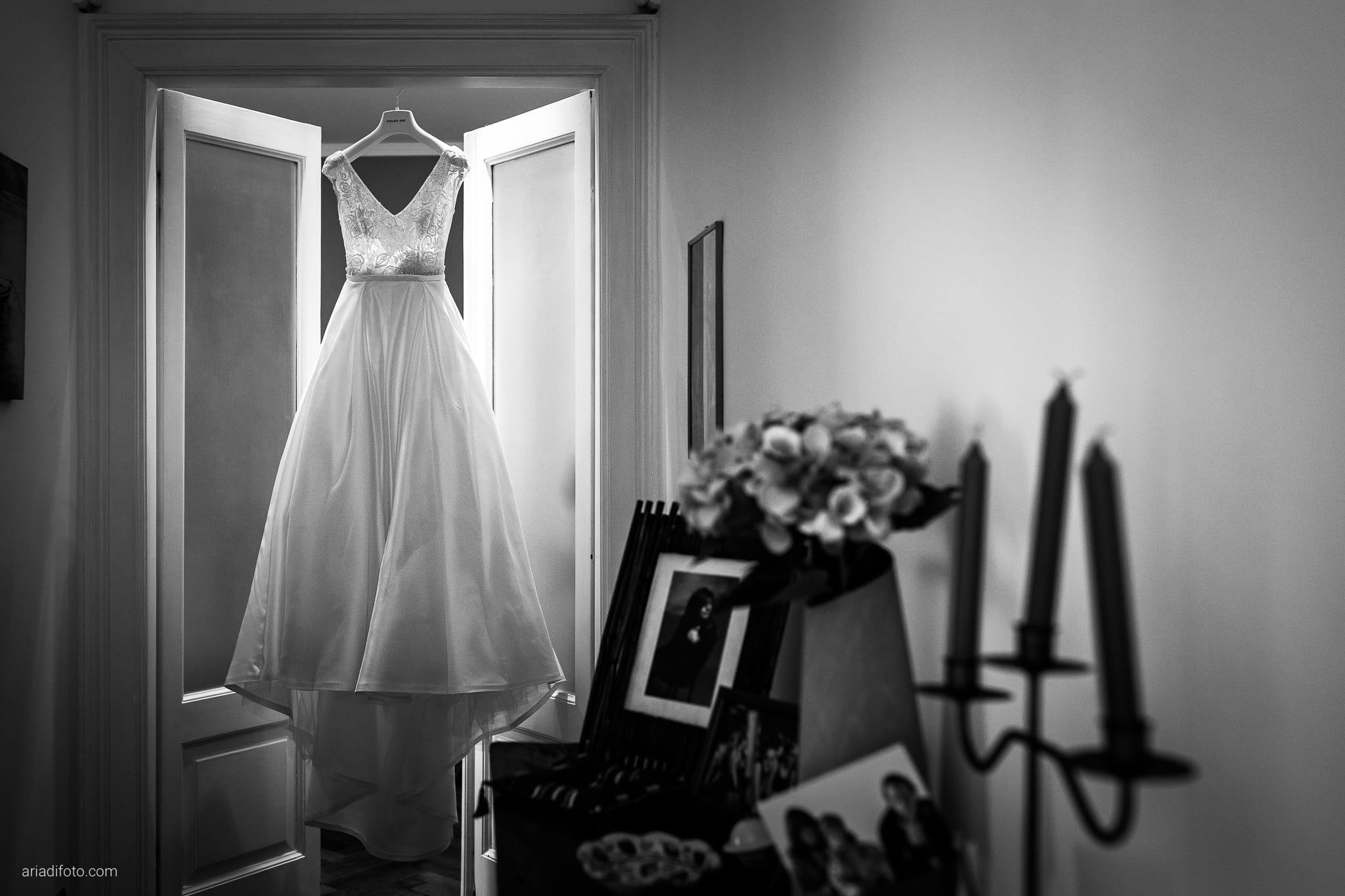 Giorgia Davide Matrimonio Muggia Trieste Baronesse Tacco San Floriano Del Collio Gorizia preparazioni sposa dettagli abito