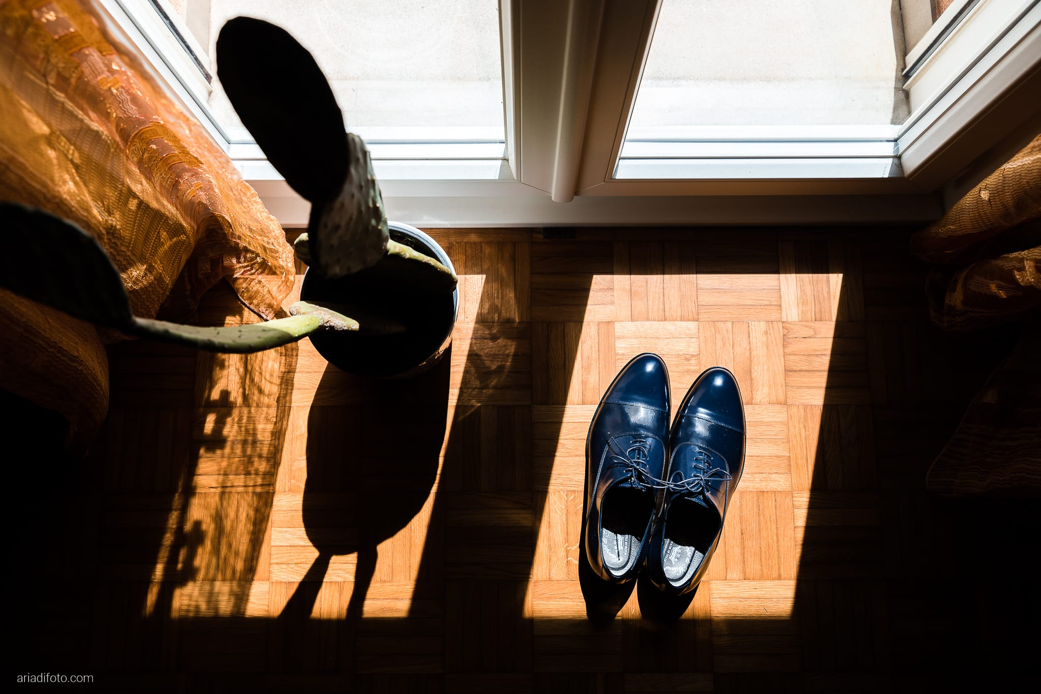 Giorgia Davide Matrimonio Muggia Trieste Baronesse Tacco San Floriano Del Collio Gorizia preparazione sposo dettagli scarpe