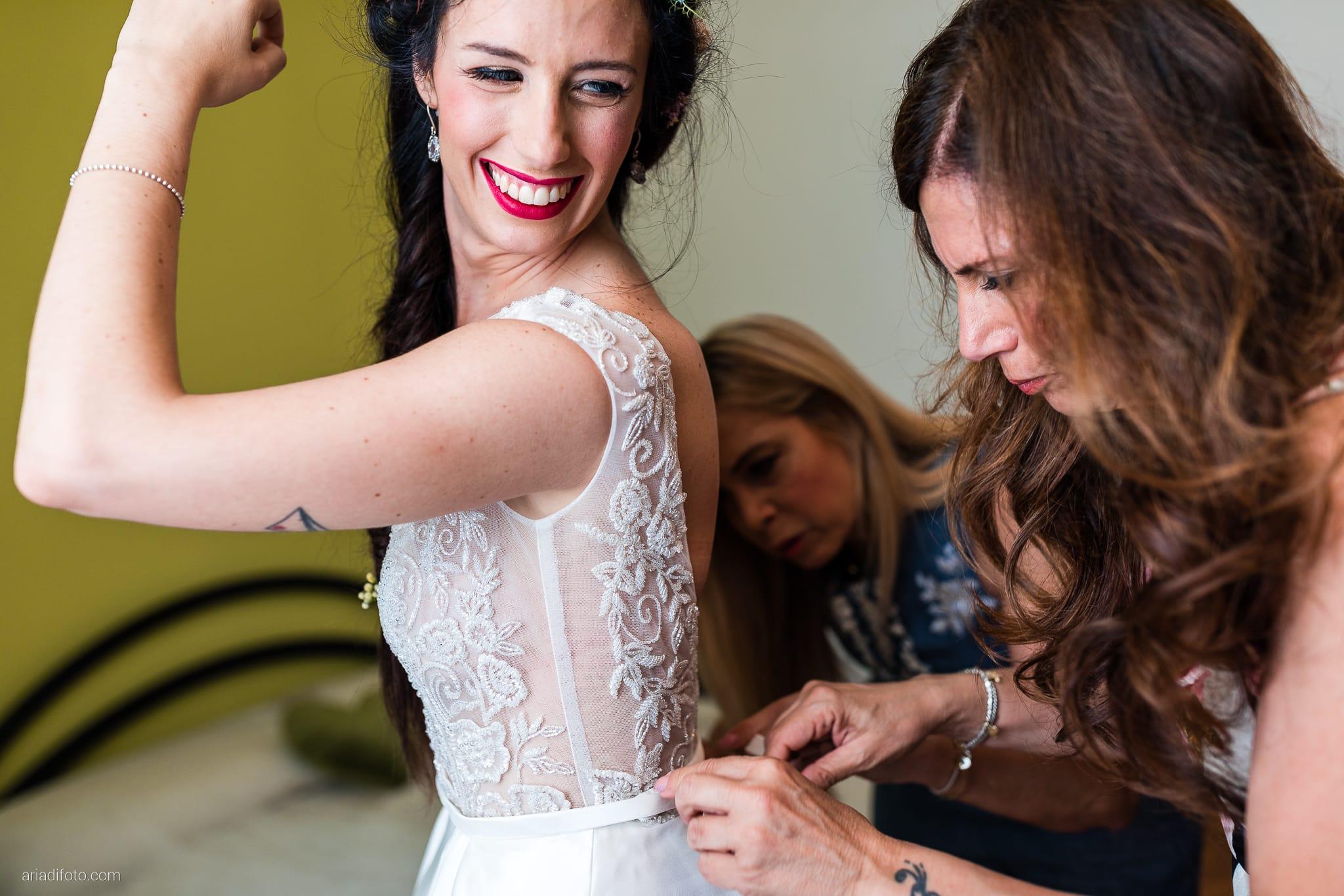 Giorgia Davide Matrimonio Muggia Trieste Baronesse Tacco San Floriano Del Collio Gorizia preparazioni sposa vestizione