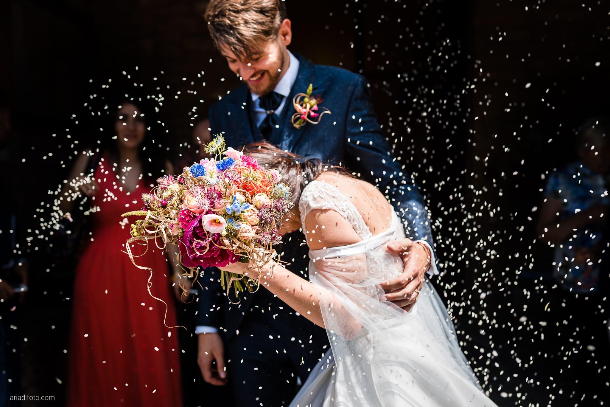 Giorgia Davide Matrimonio Chiesa Santa Maria Assunta Muggia Vecchia Trieste Baronesse Tacco San Floriano Del Collio Gorizia cerimonia lancio del riso