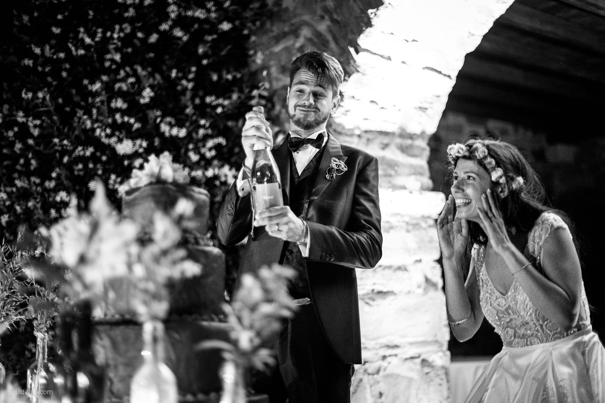 Giorgia Davide Matrimonio Muggia Trieste Baronesse Tacco San Floriano Del Collio Gorizia ricevimento taglio della torta
