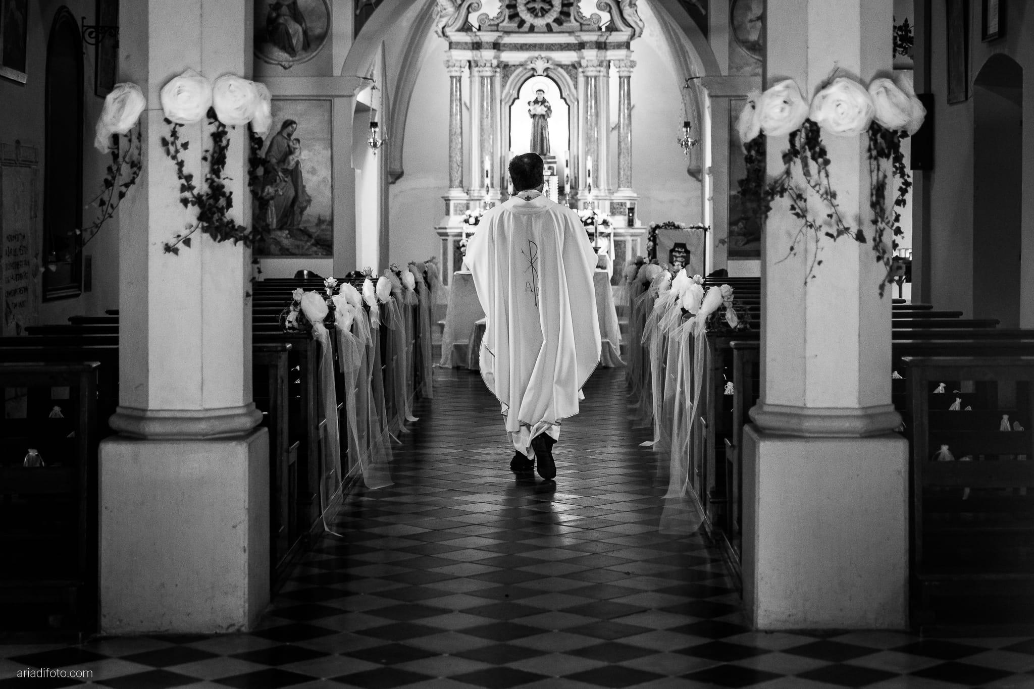 Lavinia Daniele Matrimonio Medea Gorizia Villa Elodia Trivignano Udinese Udine cerimonia ingresso sposo
